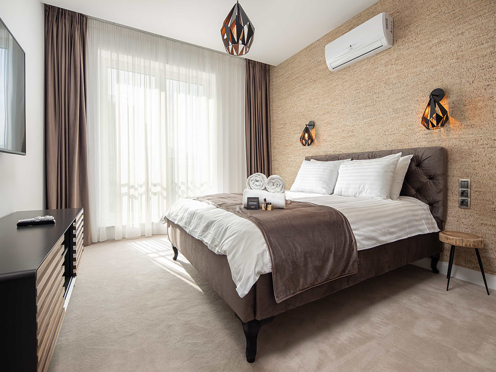 hotel premium brasov apartament 3 camere jacuzzi dormitor