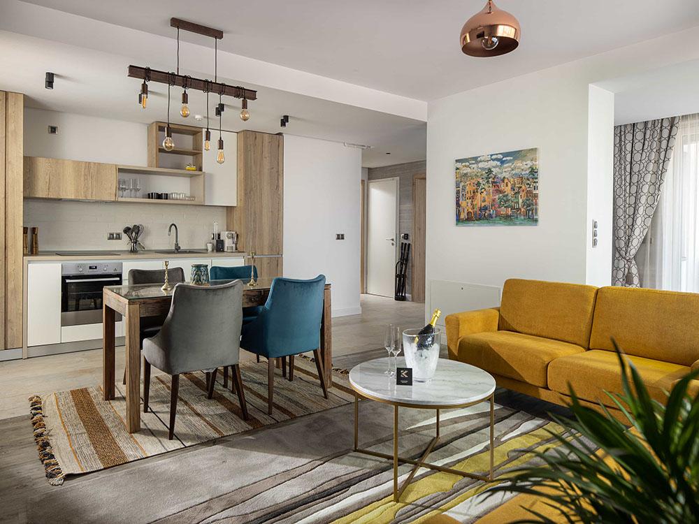 hotel premium brasov apartament 3 camere jacuzzi living